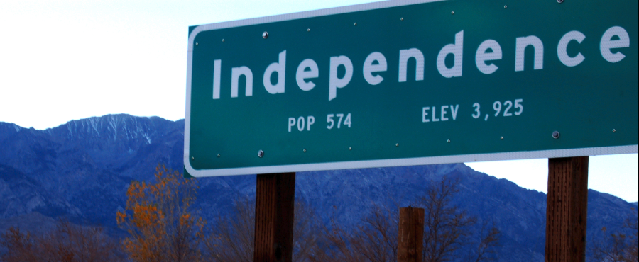 Road sign for the town of Independence
